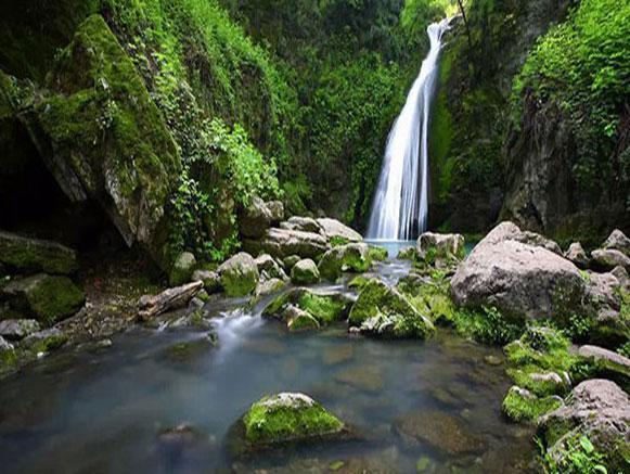 آبشارهای زیبا و بیادماندنی گلستان